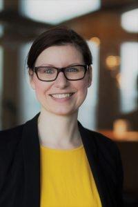 Dana Schilling (EY)
